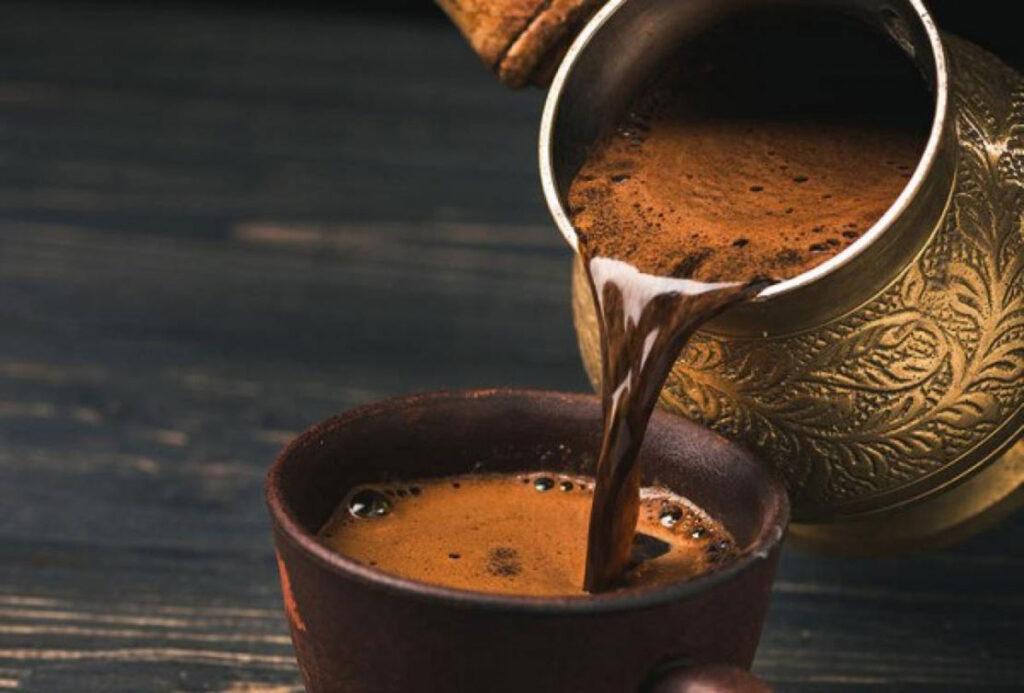 اثر قهوه در میگرن